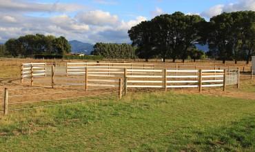 Round Yard Fencing