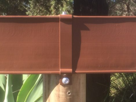 horse fencing bracket - brown top fix on post